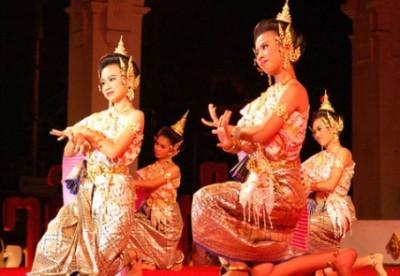 Laboratorio di danza tradizionale thailandese